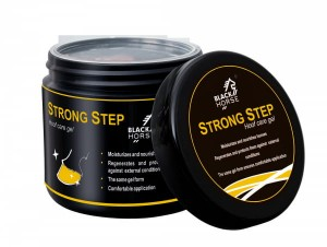 BLACK HORSE Maska do kopyt Strong Step 500 ml